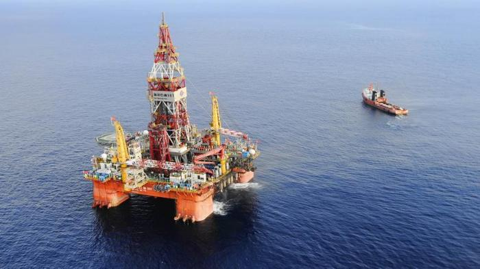 انخفاض طفيف على اسعار النفط الخام عالميا