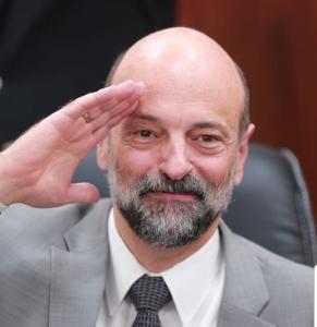 ( فواتير المياه وخبز الحمام ) سقطتان تعكسان جهلاً لبعض وزراء حكومة الرزاز