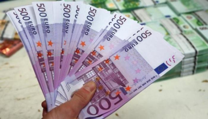 اليورو يرتفع واليوان يحقق مكاسب مع استمرار المخاوف التجارية
