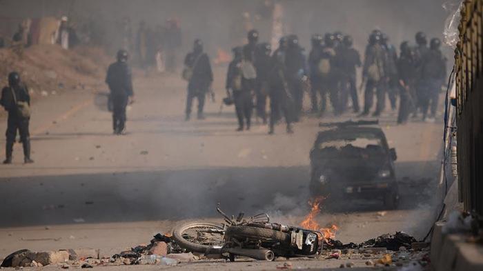 باكستان.. ارتفاع قتلى تفجير تجمع انتخابي إلى 128