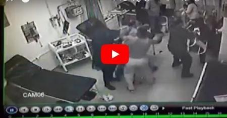 مطرب مشهور يعتدي بالضرب المبرح على طبيب بغرفة الطوارىء