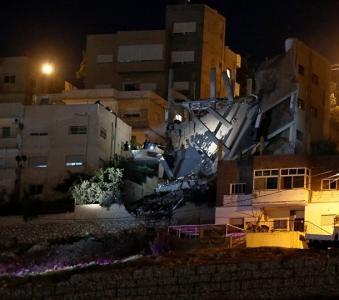 بلدية السلط: إزالة المبنى المداهم بالكامل بعد انتهاء العمليات الأمنية
