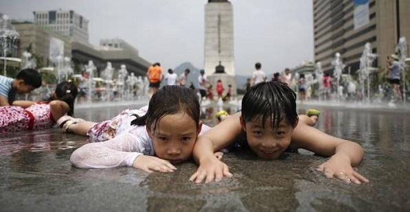 كوريا تخفض اسعار الكهرباء تعاطفا مع مواطنيها في موجة الحر