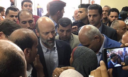 رغم زيارة الرزاز.. المأساة تتواصل في مستشفى البشير