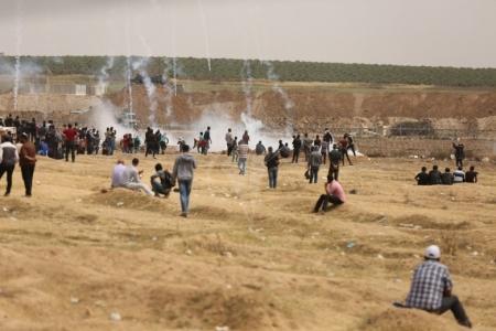 10 اصابات برصاص الاحتلال في جمعة