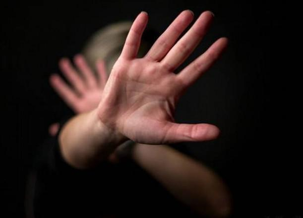 سوري  خمسيني يغتصب بناته الخمس 200 مرة على مدى سنوات !