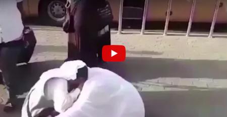 بالفيديو...الحج يجمع أخوين سوريين بعد 7 سنوات!