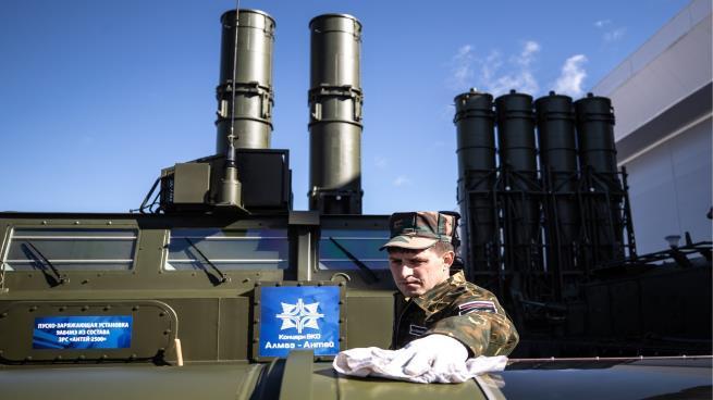 هذا ما دفعه الأسد ثمناً لصواريخ إس 300 الروسية
