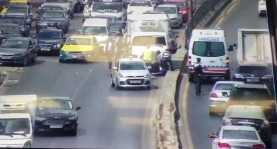 5 اصابات في حادث تصادم 5 مركبات بالقرب من الدوار الثامن