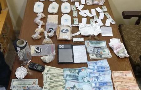 بالصور ... القبض على ١٧ من مروجا ومتعاطيا للمخدرات