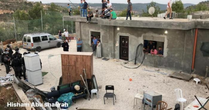 الاحتلال يهدم 3 منازل غرب بيت لحم واصابات خلال المواجهات
