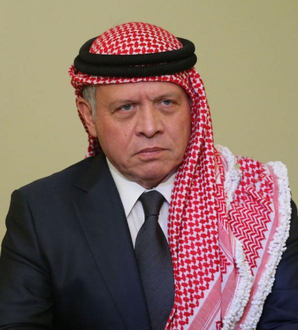 الملك يتلقى اتصالا هاتفيا من ملك البحرين