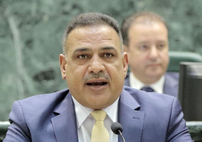 النائب الطراونة: وزير التربية ضلل الرزاز