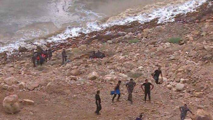 الحكومة: تحقيق وعقوبات لمرتكبي المخالفات في حادثة البحر الميت