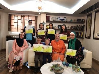 طالبات مدارس النظم الحديثة تتربع على قمة مراكز مسابقة الرسم ( القدس لنا )