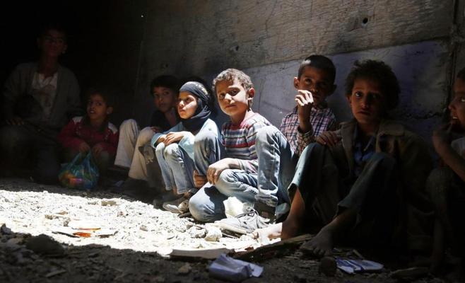 الموت يخطف طفلا كل 10 دقائق في اليمن