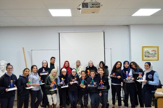 قسم التصميم الجرافيكي بجامعة عمان الاهلية ينظم ورشة عمل