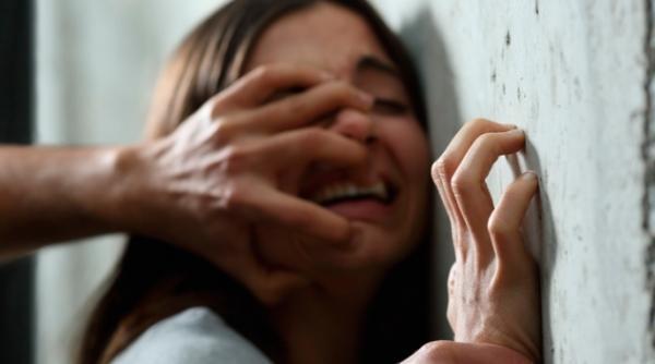 حادثة صادمة... يعاشر ابنته 14 عامًا وينجب منها 4 أطفال وهكذا تخلّص منهم جميعاً!!