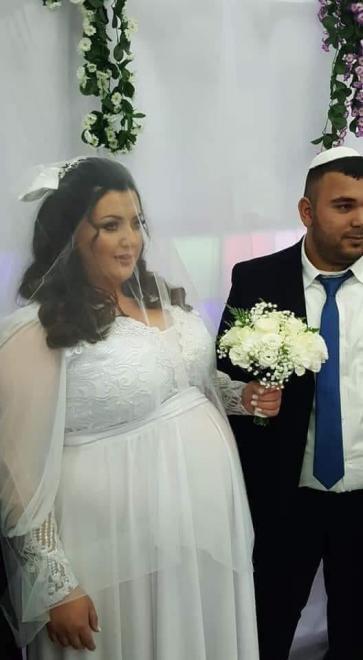 لاجل الزواج بفتاة إسرائيلية.. فلسطيني يتخلى عن الإسلام ويعتنق اليهودية ( صور )