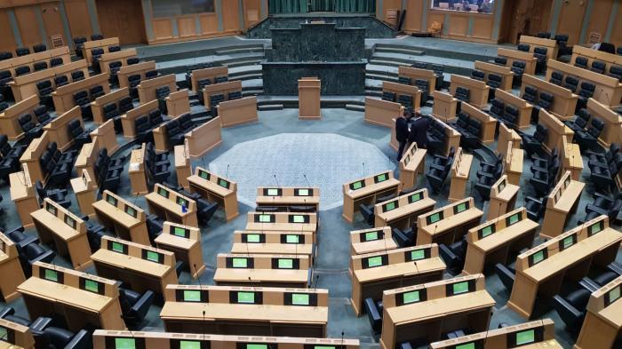 قضية مطيع هل تطيح بمجلس النواب ؟