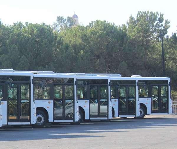 خلاف أخّرت عملية تشغيل حافلات النقل العام الجديدة