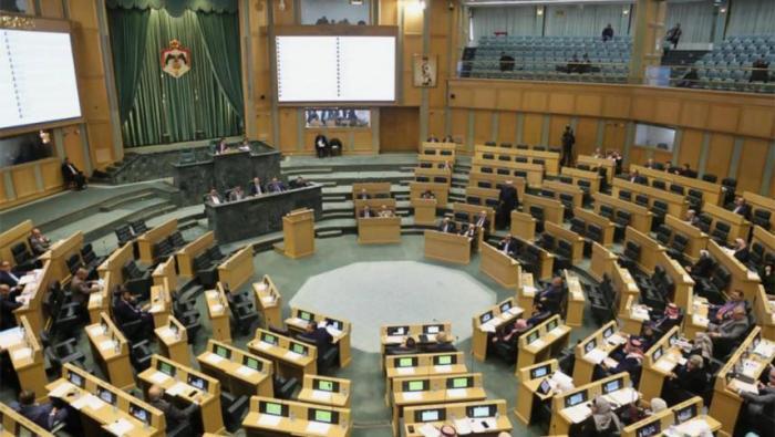 مجلس النواب يصوت بالأغلبية على قانون يحظر استيراد الغاز من إسرائيل