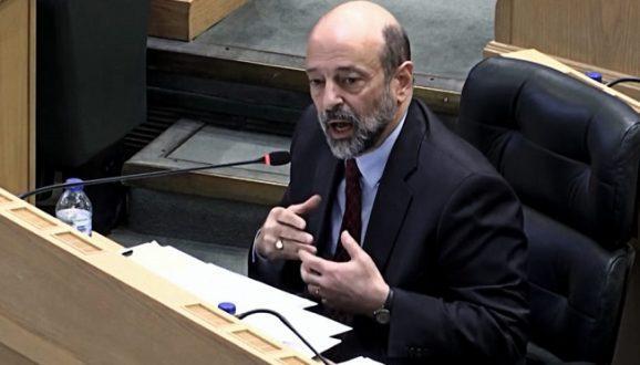الحكومة والبرلمان بإنتظار قرار ملكي حاسم