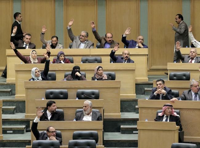 أكثر النواب سؤالاً للحكومة (اسماء)