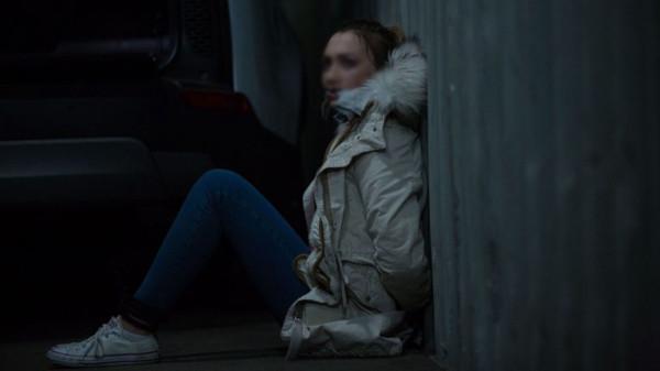 اعتاد اغتصابها.. رجل يحتجز سيدة في شقة لمدة 30 عاماً