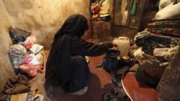 نشمية اردنية تطلب حليب بناتها
