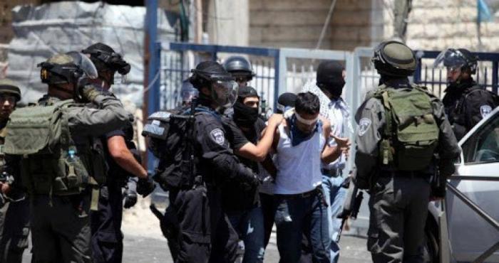 اعتقالات ومداهمات ومواجهات برام الله وقلقيلية