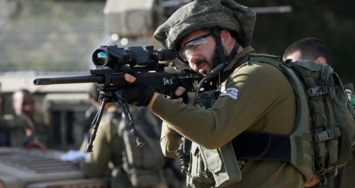 قوات الاحتلال تطلق النار اتجاه أراضي المواطنين شرق خانيونس