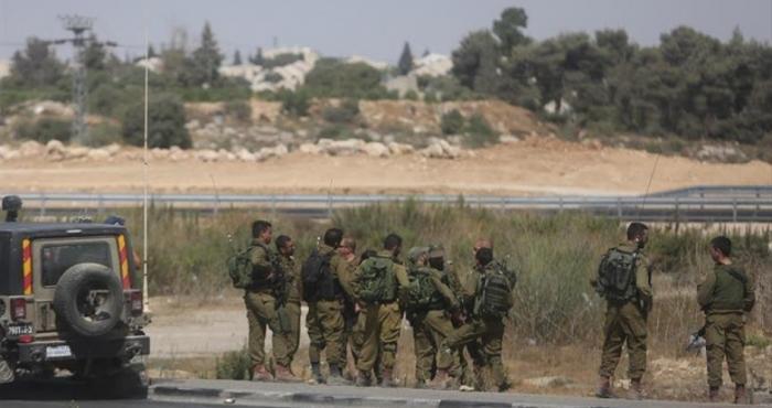 الاحتلال يستهدف أراضي المواطنين شمال قطاع غزة .
