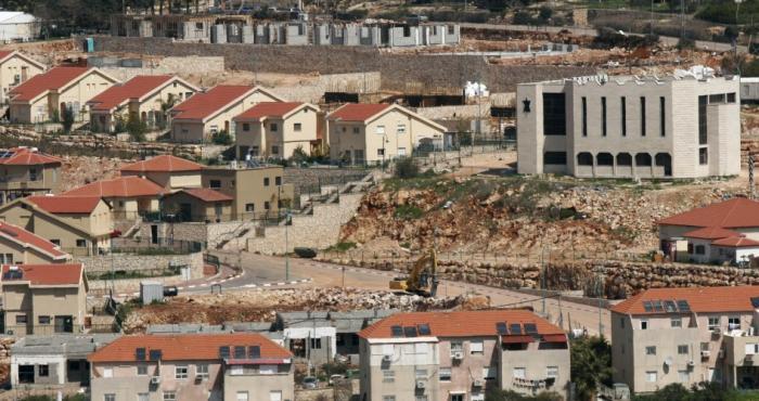 الاحتلال يغرق القدس بالمستوطنات