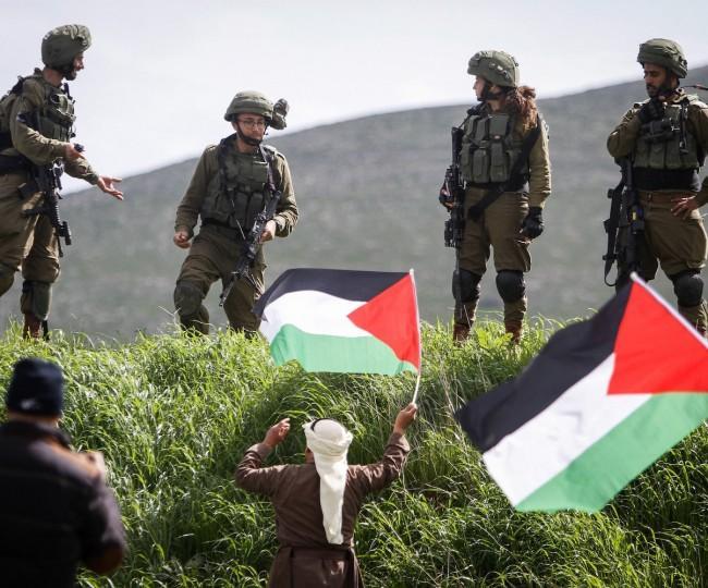 جيش الاحتلال يستولي على جرافات ومعدات فلسطينية في رام الله
