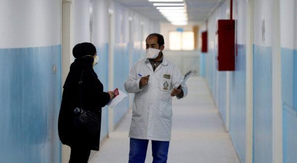 مصابة بكورونا تضع مولودا في مستشفى البشير