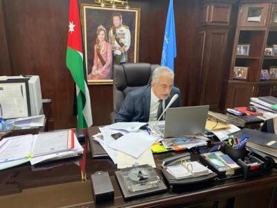 رئيس جامعة عمان الأهلية يشارك عن بعد بندوة اتحاد الجامعات العربية