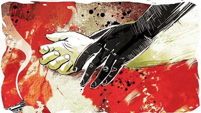 اغتصاب جماعي لامرأة أمام طفليها.. والشرطة تضع اللوم عليها لسفرها وحيدة