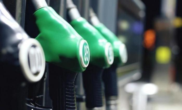 الحكومة تكشف سبب انخفاض أسعار المشتقات النفطية عالميا – تفاصيل