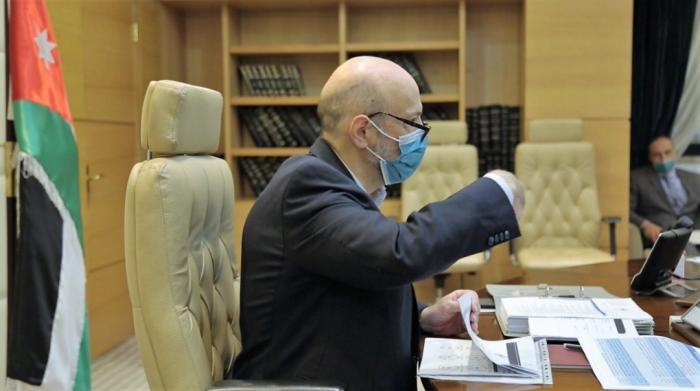 ماذا قال الرزاز لوزرائه عن استقالته؟