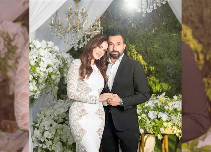 نبأ صادم يفسد فرحة الفنانة درة بالزواج... وتغلق حسابها على فيسبوك