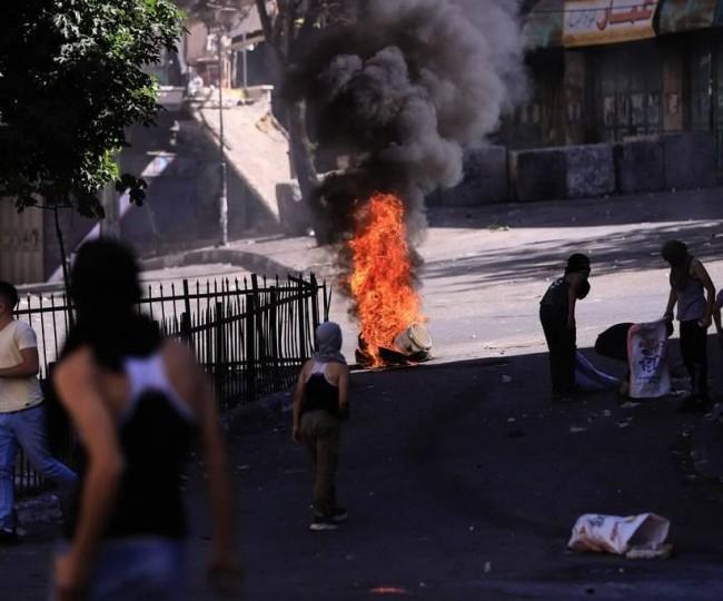 مواجهات بين شبان فلسطينيين و قوات الاحتلال بمدينة قلقيلية