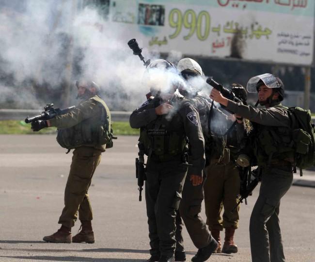 اصابات بالاختناق خلال اقتحام الاحتلال قرية اللبن الشرقية