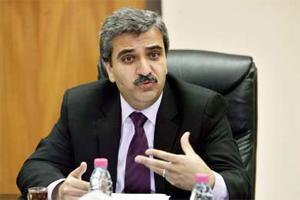 وزير المالية الاسبق ابو حمور ينبه النواب لبند الإيرادات
