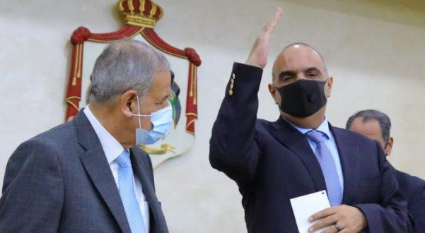 الخصاونة يطلب ثقة ويؤكد : الملك لن يقبل بغير الأفضل للأردنيين