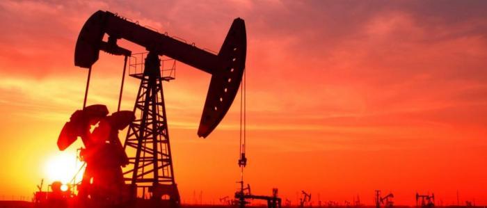 النفط يواصل انخفاضه لليوم الخامس على التوالي