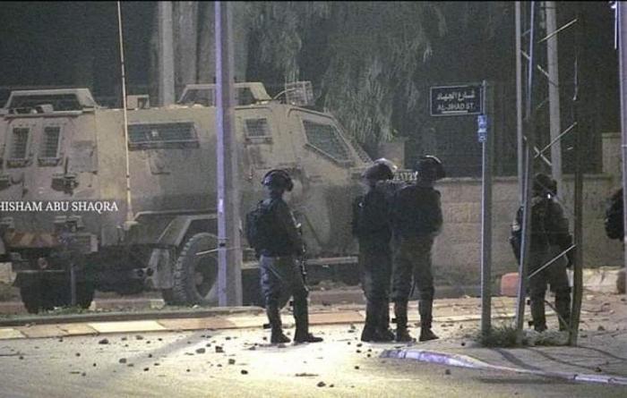 إصابات خلال اقتحام الاحتلال لبلدة بيت أمر شمال الخليل