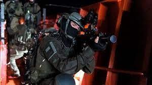 قوات خاصة تختطف 4 شبان من بيت حنينا بالقدس المحتلة