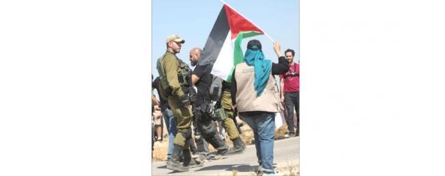 إسرائيليون يطعنون سائقا فلسطينيا بالقدس الغربية