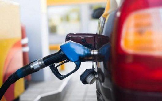 الحكومة : ارتفاع اسعار البنزين عالميا